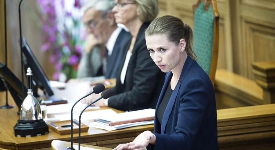 Socialdemokraternes formand Mette Frederiksen på talerstolen under Folketingets åbningsdebat.