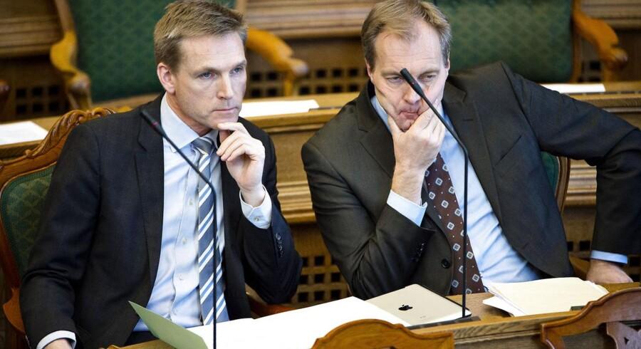 Gruppeformand Peter Skaarup (th) og partileder Kristian Thulesen Dahl, DF.