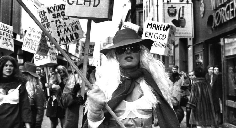 Demonstration for kvindefrigørelse. Her Ninon Schloss.