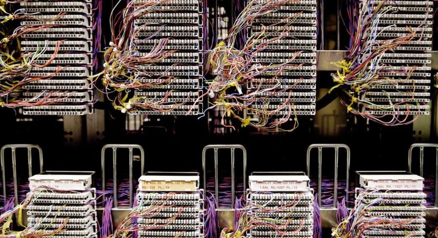 TDCs IT-system, der sender opkald og SMSer videre.