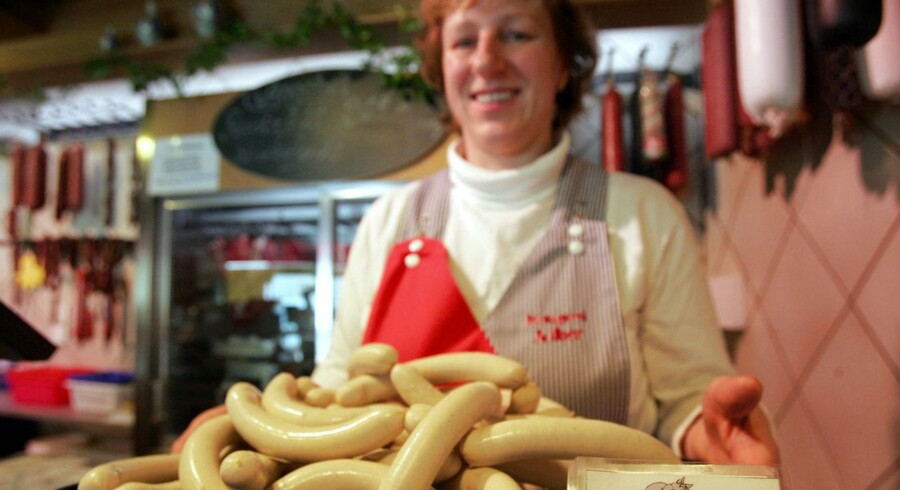 Den tyske landbrugsminister har udtalt, at man ikke vil kunne beskytte hver en pølse, f.eks. gennem kontrol af, hvad der må kaldes en bratwurst, i forbindelse med frihandelsaftalen, og det er faldet mange pølseelskende tyskere for brystet.