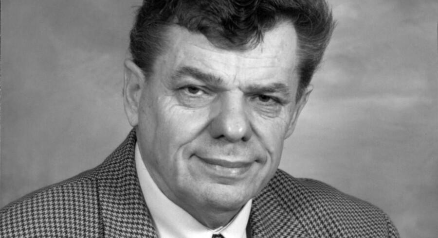 Ole Donner sad i Folketinget for »Fremskridtspartiet«, da han i 1995 grundlagde »Dansk Folkeparti« sammen med Kristian Thulesen Dahl (DF), Pia Kjærsgaard (DF) og Poul Nødgaard.