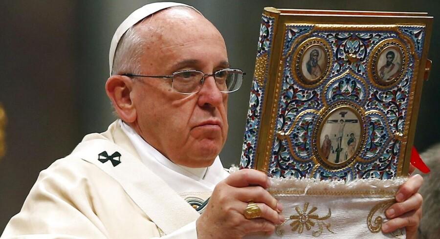 Det er ikke faldet i god jord i Tyrkiet, at paven har brugt ordet »folkedrab« om ottomanernes drab på armeniere i 1915. De tyrkiske myndigheder har i protest indkaldt Vatikanets ambassadør.