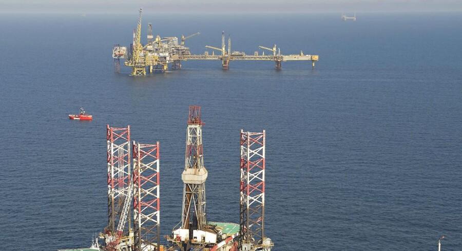 Mængden af olie, der bliver produceret på den britiske nordsø-sokkel, er dykket markant. I 1999 blev der produceret 4,6 millioner tønder olie om dagen. I dag er det tal kun 1,6 millioner tønder - eller godt en tredjedel af det tidligere niveau. (Arkivfoto: CLAUS FISKER/Scanpix 2015)