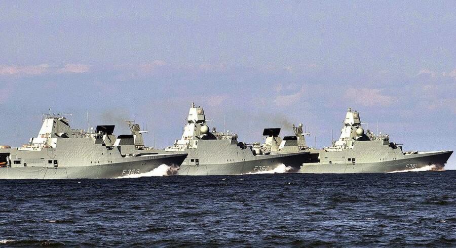 De tre fregatter af Iver Huitfeldt-klassen under øvelse i Kattegat i 2012, hvor de var under udrustning.
