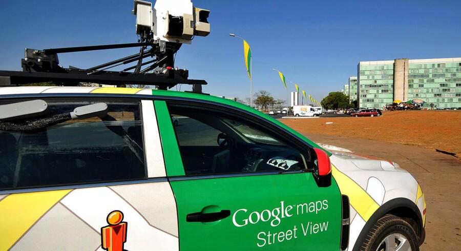 Googles streetview-biler tager billeder af alverdens byer.