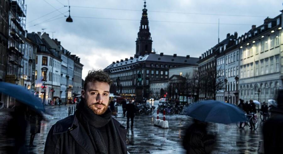 Initiativtager til Danish Crowdfunding Association, Frederik Ploug Søgaard, efterlyser politisk initiativ eller stillingtagen til crowdfunding. Fotograferet ved storkespringvandet d. 10 januar 2014