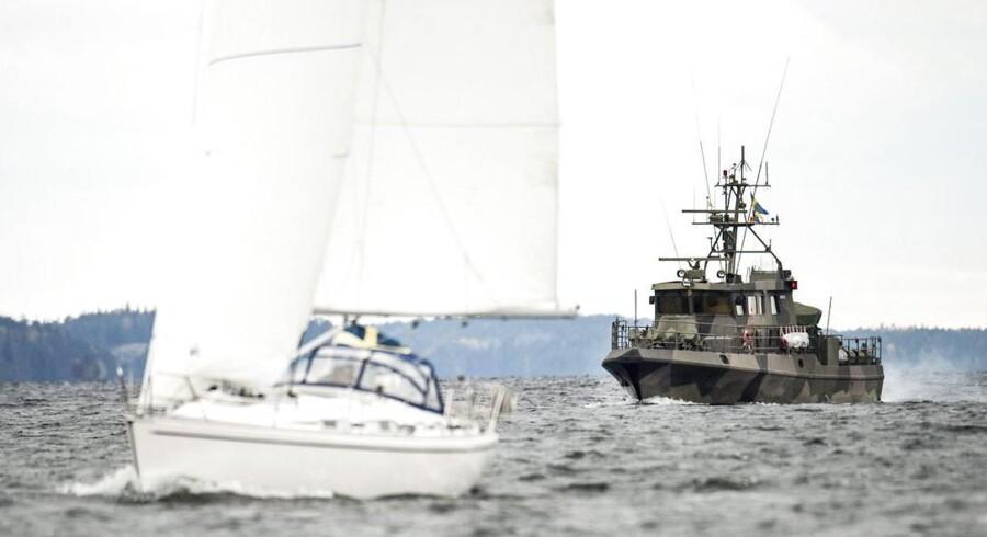 Svensk jagt på ubåd i skærgården ved Stockholm.