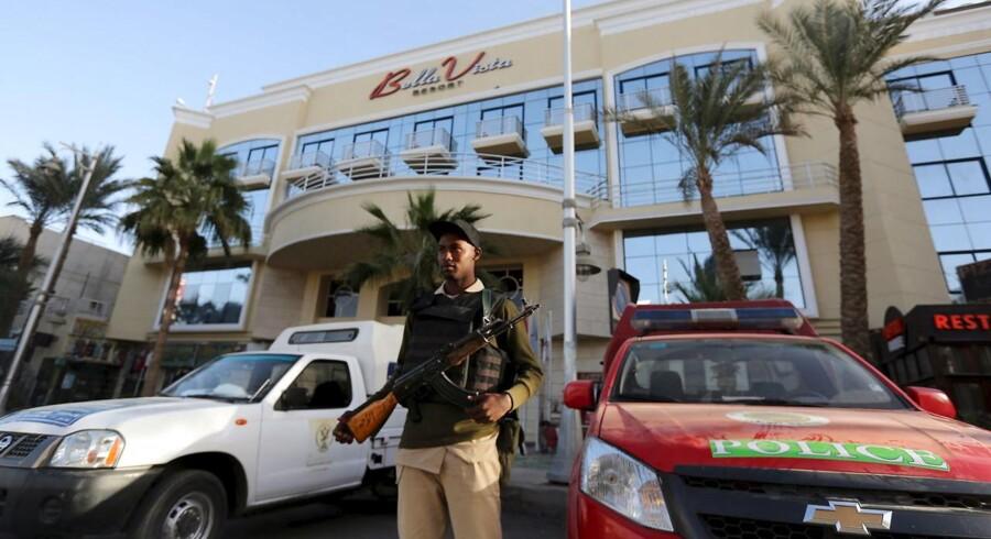 Det var ikke et terrorangreb, da et egyptisk hotel blev angrebet fredag, siger turistministeren.