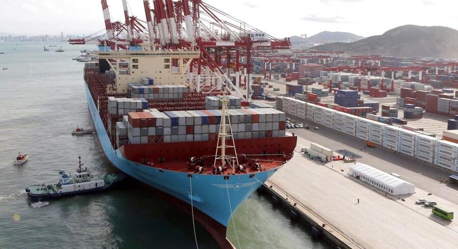 Mærsks Triple E-skib, Mary Maersk, i havnen i Qingdao