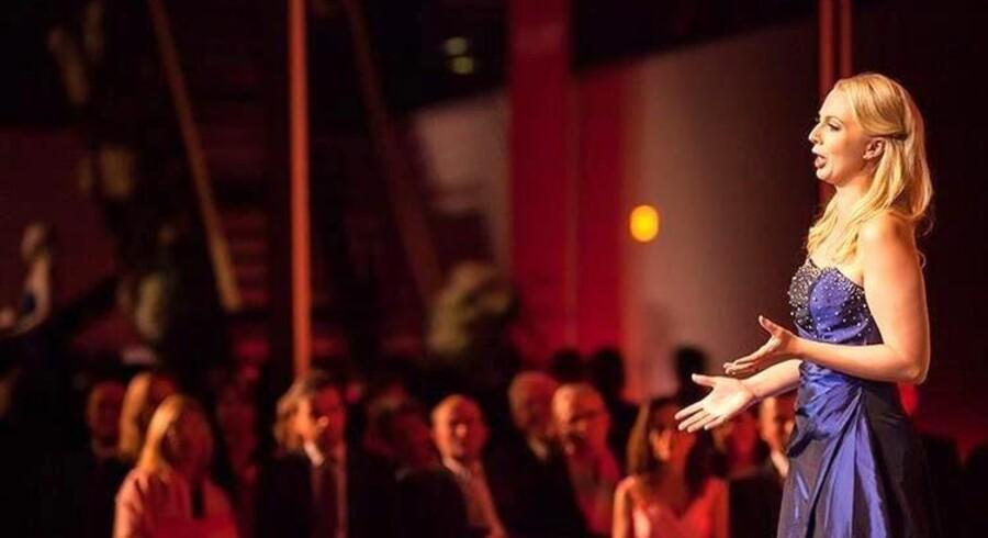 Sopranen Sofie Elkjær Jensen var allerede i gang som operasanger før sin eksamen i 2011 og debuterede som Papagena i »Tryllefløjten« året før.