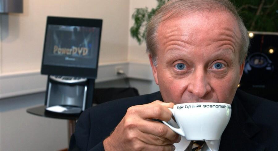 Det væltede ind med ordrer til Kim Vibe-Petersens virksomhed Scanomat, da han som den første lancerede en automatisk ?kaffemaskine, der kunne brygge cappucino. Arkivfoto: Kim Agersten