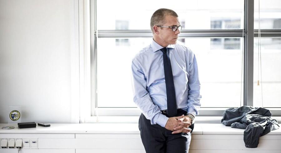 Direktør Jesper Rønnow Simonsen beskyldes af de to advokater for at have hjemsendt fire medarbejdere på et spinkelt grundlag. ARKIVFOTO.