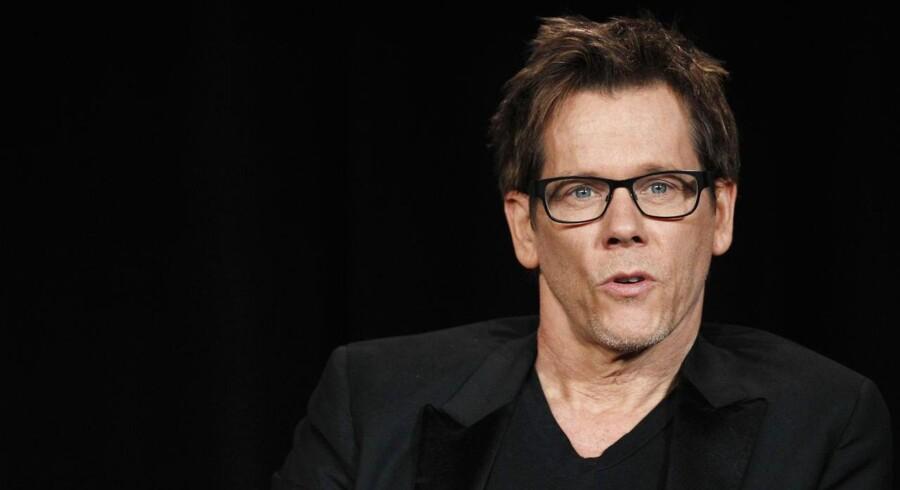 Skuespiller Kevin Bacon forlanger flere mandlige genitalier i amerikansk film.