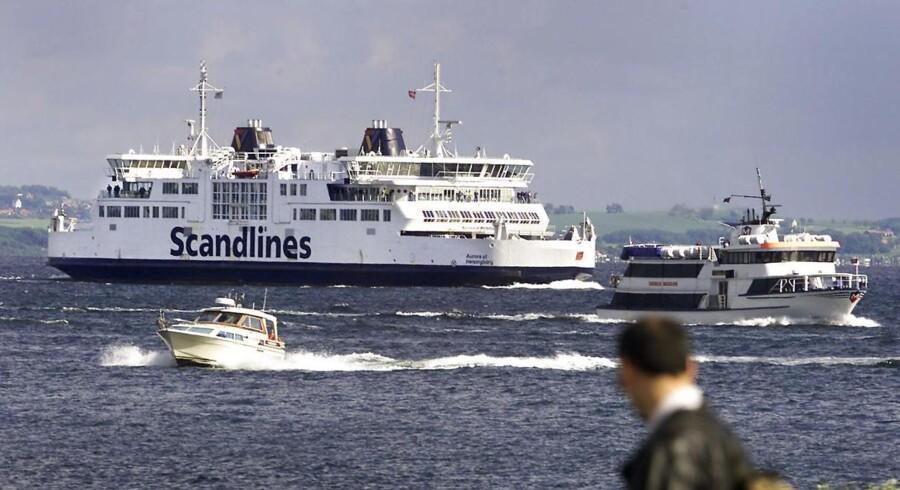 Med opførelsen af Øresundsbroen mistede Scandlines tusindvis af passagerer på afgangene mellem Helsingør og Helsingborg.