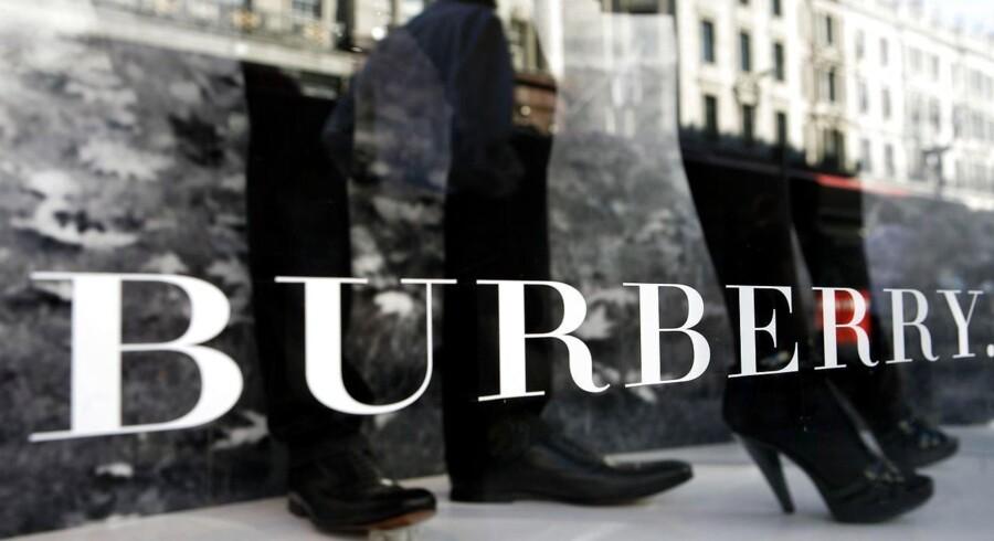 Burberry vil tredoble produktionen af modehusets ikoniske trenchcoats ved hjælp af en ny fabrik i Leeds med 1000 ansatte.