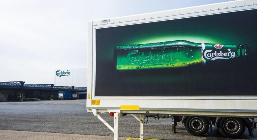 Briterne skal enten skifte supermarked eller finde en ny øl at nyde, når de ser Premier League, som Carlsberg sponsorerer.