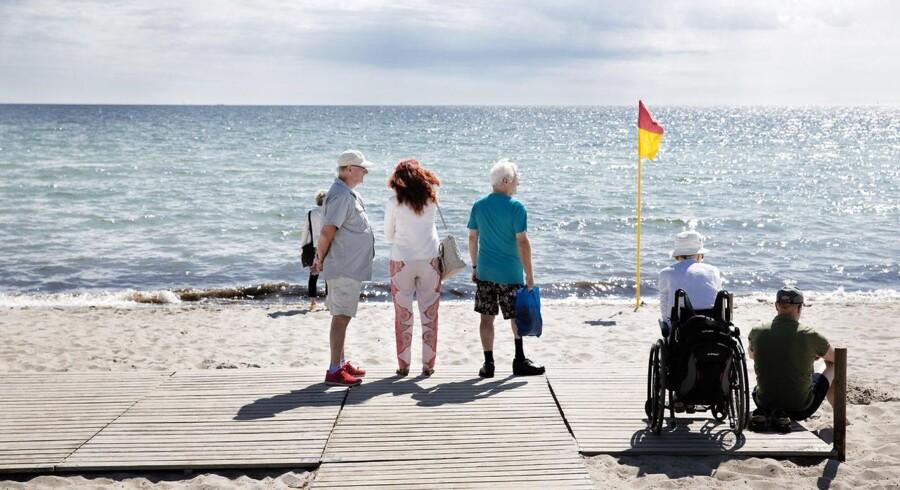 Reportage fra Marielyst på Falster.De udenlandske turister svigter Danmark foruden København. Der bliver stort set ikke investeret i de områder.