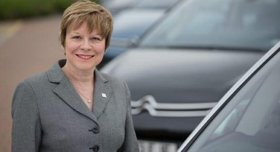 Efter et langt arbejdsliv hos flere bilfabrikker, bliver Linda Jackson ikke bare den første kvindelige, men også den første ikke-franske topchef for Citroën-koncernen. De seneste fire år har hun som chef for Citroën i England haft ansvaret for at forny brandet. PR-foto