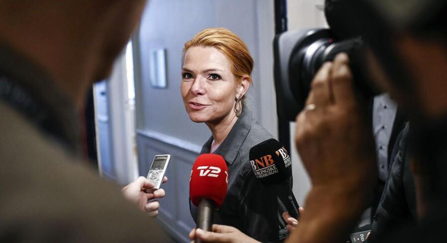 Inger Støjberg efter forhandlinger om asyl- og udlændingepolitiske initiativer tirsdag den 24. november 2015.