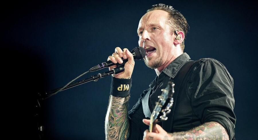 Volbeat med Michael Poulsen i front spillede lørdag aften i udsolgte Telia Parken i København.. (Foto: Nils Meilvang/Scanpix 2017)