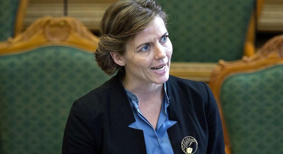 Regeringen er ved at tjekke tilsynet med friskoler, forklarer Venstres uddannelsesordfører Anni Matthiesen. Allerede i november 2015 krævede børne- og undervisningsminister Ellen Trane Nørby (V) skærpet tilsyn.