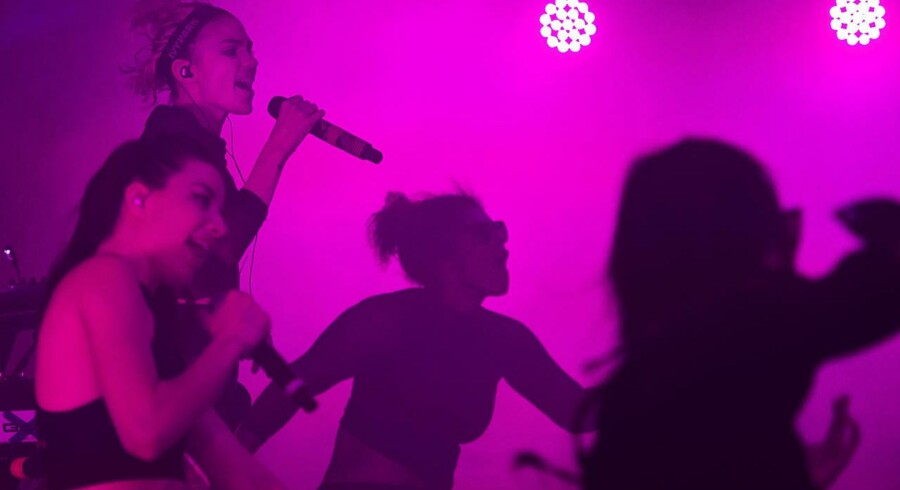 Roskilde Festival 2016. Koncert Med Grimes på Arena. Torsdag 30. juni. Foto: Sara Gangsted
