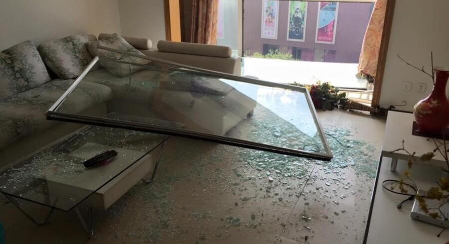 Stefan Andersens stue efter eksplosionerne i den kinesiske havneby Tianjin.