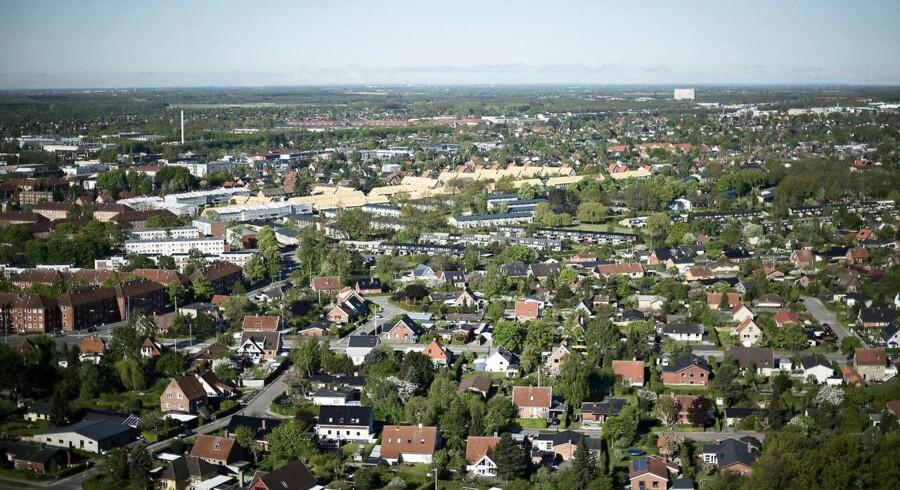 Aktuelt er der godt 36.000 huse til salg i Danmark, hvilket er ca. 11.000 færre end på toppen. Arkivfoto.