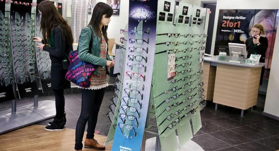 Danskerne nøjes ikke længere med et enkelt par briller, men vil have flere at vælge mellem. Arkivfoto: Liselotte Sabroe