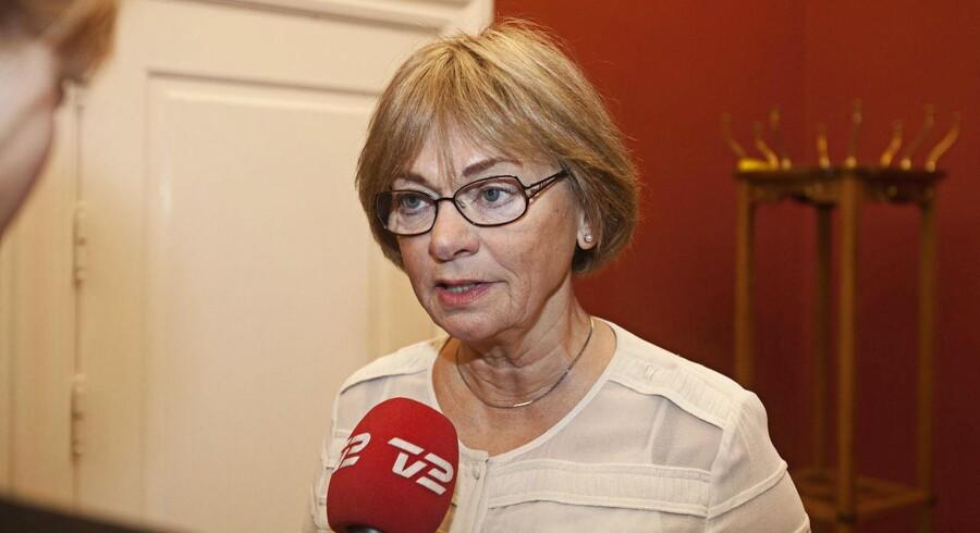 ARKIVFOTO. Dansk Folkepartis værdiordfører trækker på skuldrene, efter Sam Mansours forsvarsadvokat søndag har politianmeldt hende for at påvirke retssagens afgørelse.