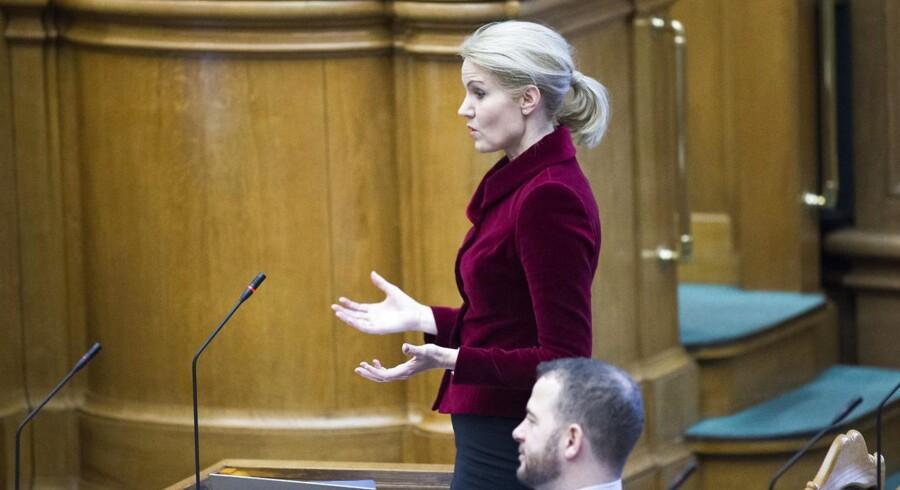 ARKIVFOTO: Thorning under spørgetimen 2. december.