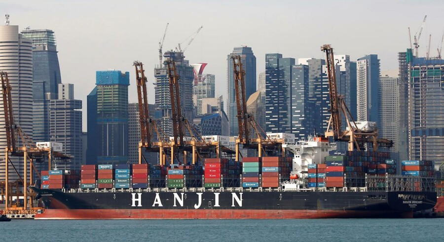 Hanjin Hungary container ship is docked at PSA's Tanjong Pagar terminal in Singapore September 28, 2016. REUTERS/Edgar Su