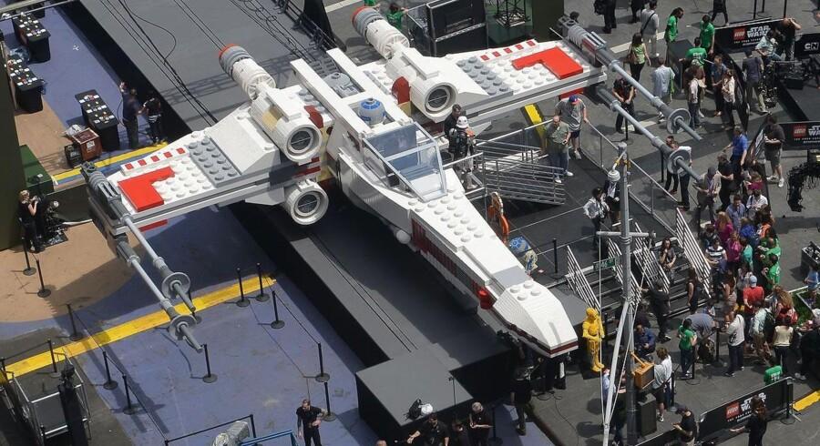 Dette er ikke Han Solos »Millenium Falcon«, som Thomas Langenbach angiveligt har forsøgt at snyde sig til billigt, men derimod en af hans allierede X-Wing Fighters.