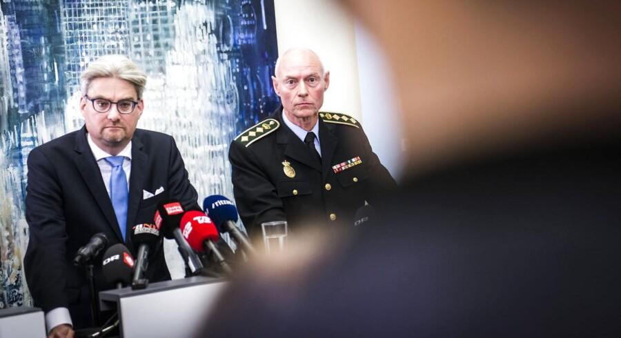 Justitsminister Søren Pind og rigspolitichef Jens Henrik Højbjerg afholdt sammen med konstitueret PET-chef Finn Borch Andersen et fælles pressemøde om håndteringen af flygtninge og migranter.