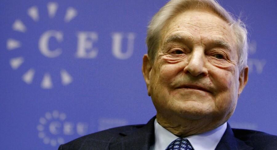 Den amerikansk-ungarske investor George Soros er parat til skyde nogle af sine mange milliarder i europæiske banker, selv om han endnu ikke kan se et egentligt opsving i eurozonen.