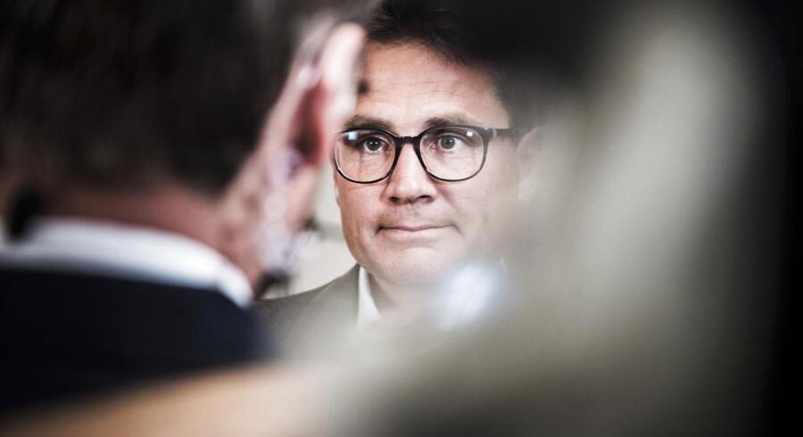 Det er ikke lykkedes Brian Mikkelsen og de Konservative at få blokeret den aftale om kommunernes økonomi, som også rummer en stigning i grundskylden.