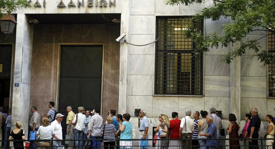 De fire aktier, der falder mest i det tonenagivende græske aktieindeks, ASE, er Piraeus Bank, National Bank of Greece, Eurobank Ergasias og Alpha Bank.