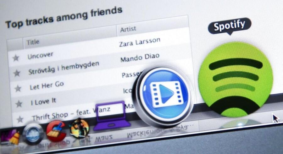 Spotify er kendt for musik men vil nu også slå sig på film via net- og mobilforbindelsen. Arkivfoto: Jonathan Nackstrand, AFP/Scanpix