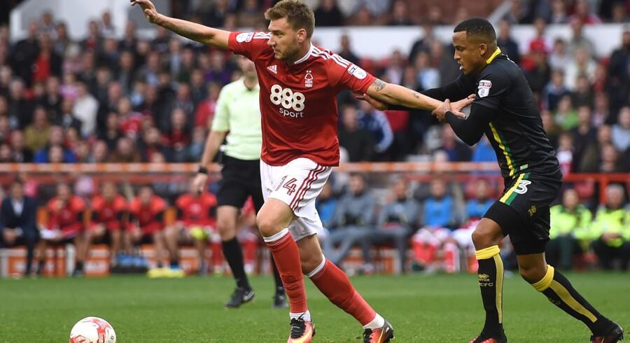 Nicklas Bendtner har indtil videre fået to indhop for Nottingham Forest i Englands næstbedste fodboldrække. Reuters/Alan Walter