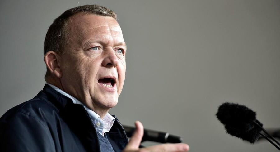 Meningsmålingerne er ikke flinke ved Venstre og Lars Løkke Rasmussen (V). Partiet har ikke på noget tidspunkt i 2016 ligget over 18,9 procent, viser Berlingske Barometer. Her ses partiformanden under sin tale ved åbningen af Folkemødet på Bornholm 2016.