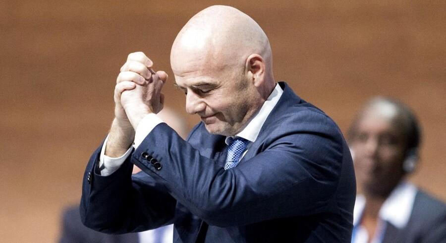 Schweizeren Gianni Infantino blev fredag valgt til Fifas præsident på fodboldforbundets ekstraordinære kongres i Zürich.