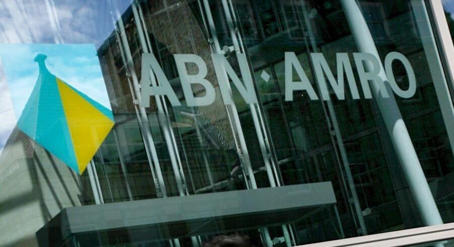 Den statskontrollerede hollandske bank ABN Amro kunne ikke følge med analytikernes forventninger i fjerde kvartal af sidste år.