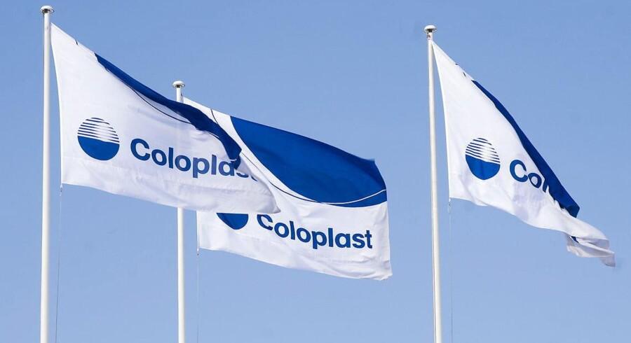 Coloplast-aktien falder tilbage fredag formiddag, efter at selskabet er blevet forbigået til en stor kontrakt i USA.