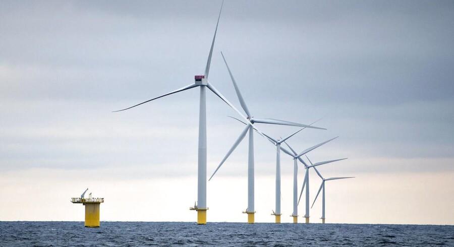 I første halvår nåede Kinas samlede kapacitet af vindmøller, der er tilsluttet elnettet, over 100.000 megawatt (MW), eller 100 gigawatt (GW).