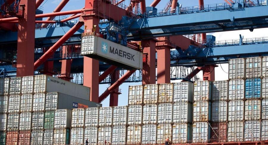 Mærsk-koncernen kom fredag morgen med en kraftig nedjustering af forventningerne til 2015, fordi udviklingen containershipping-markedet har udviklet sig negativt.