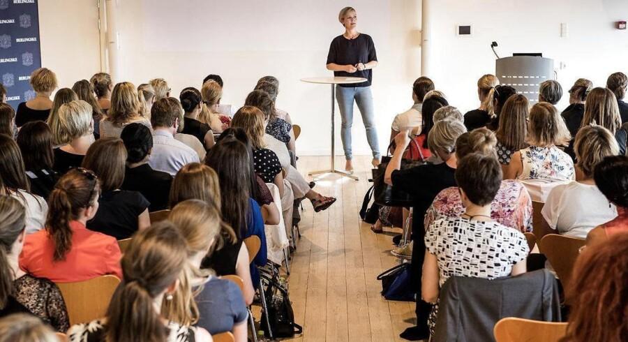 """Ida Auken, MF Radikale, talte ved morgenmøde """"kvinder på toppen"""" på Berlingske."""
