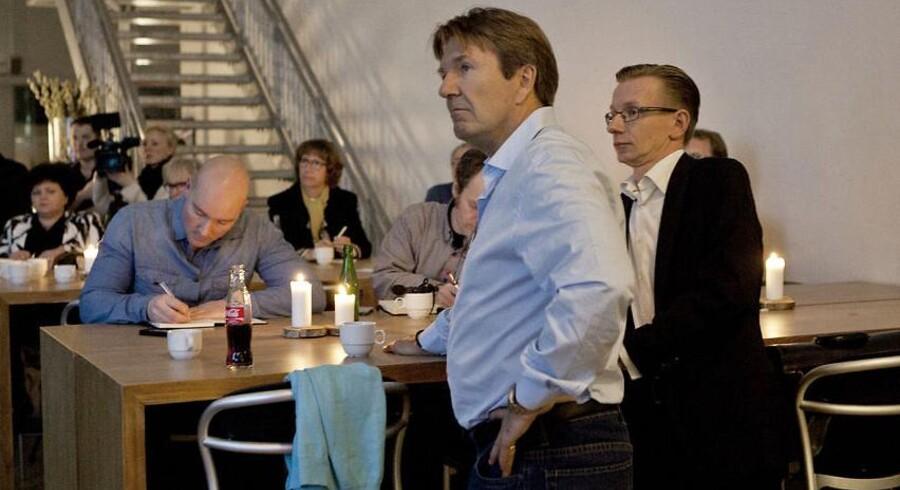 Erik Damgaard (forrest) da hans børsrobot Staticator blev opræsenteret på et seminar i februar 2014