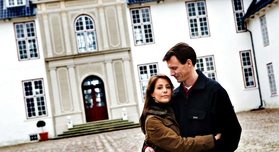 Prins Joachim har næppe måttet stå med hatten i hånden for at få de store sydjyske virksomheder Lego, Danfoss og Ecco til at skyde 100 mio. kr. i Schackenborg (arkivfoto).