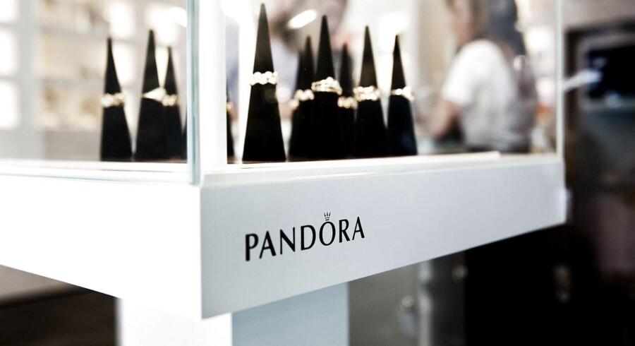 Væksten i smykkeselskabet Pandora er så bredt funderet globalt, at selskabet kan komme til at overraske markedet forventninger i 2016.